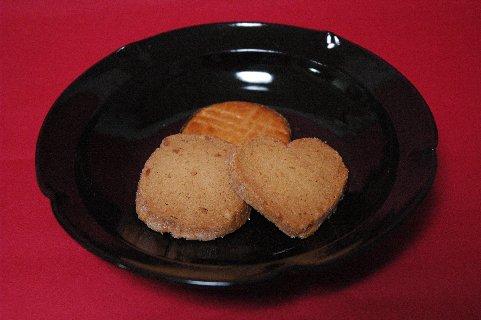 クッキーon天目釉皿