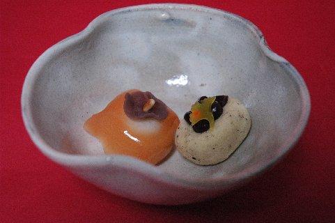 みのり柿と秋風 in 金海州浜形鉢