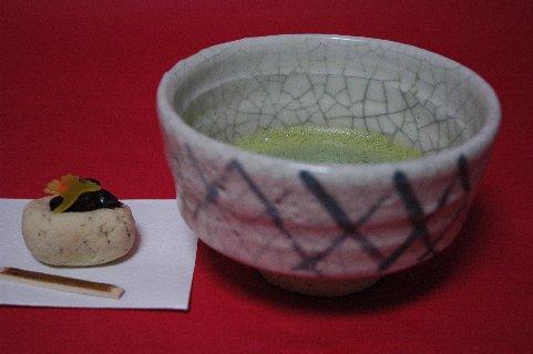 絵志野籬絵茶碗写し