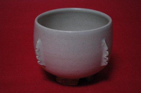 李朝白磁鉢形割高台茶碗写し・正面