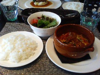 サーモン・季節野菜・モッツァレラのミルフィーユグラタン