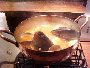 たっぷり魚介のブイヤベース