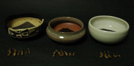 黒織部鉢18球の分配
