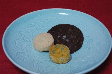 焼き菓子on青白磁皿