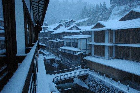 雪の銀山温泉4