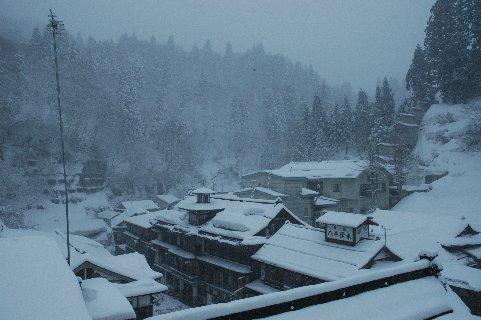 雪の銀山温泉5