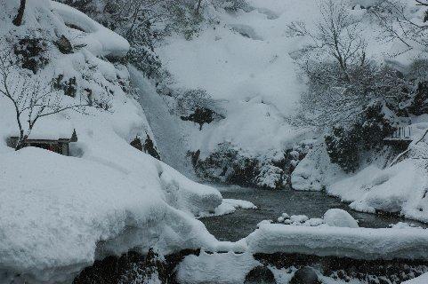 雪の銀山温泉7
