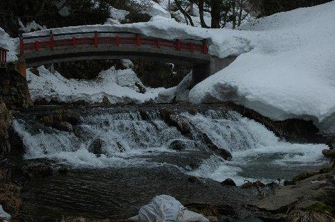 白銀の滝の上、せことい橋か