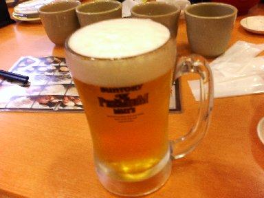酒はビールのみ