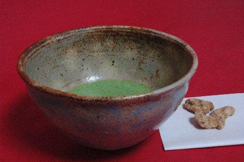 島岡縄文象嵌茶碗写し
