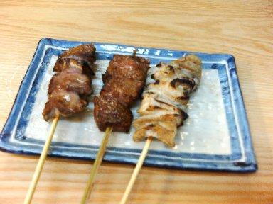 もつ焼き(タン・キモ・シロ)