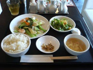 海鮮と青野菜の広東風塩炒め