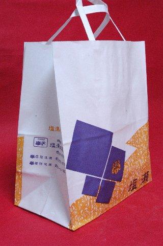 塩瀬の紙袋