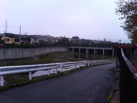 アリーナ駐車場地下