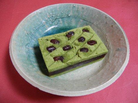 抹茶菓子 on 青伊羅保皿