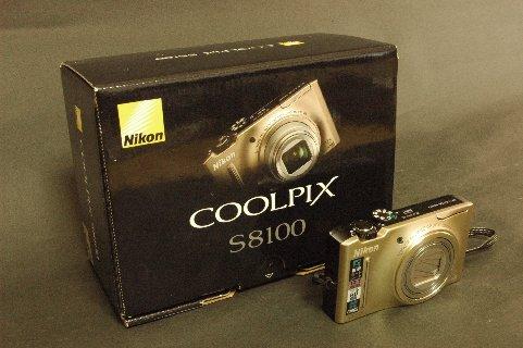 CoolpixS8100 箱付