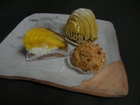 アンファン・ルミエールのケーキ on 絵志野皿