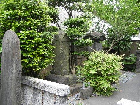 玉川兄弟の墓