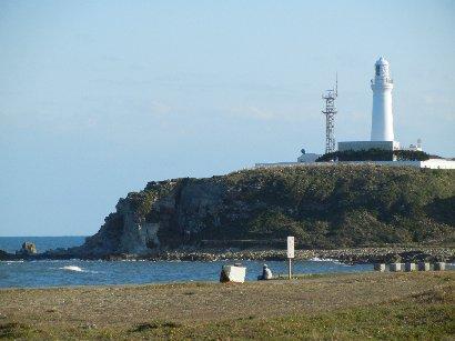 犬吠崎灯台を望む