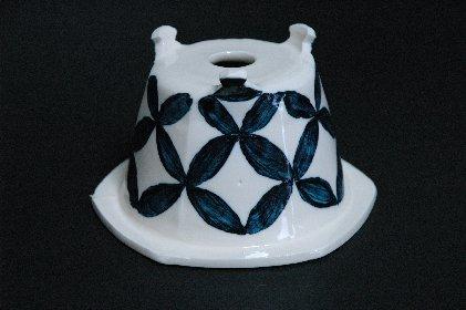 七宝つなぎ文・瑠璃釉鉢・裏