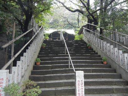 三田八幡・階段