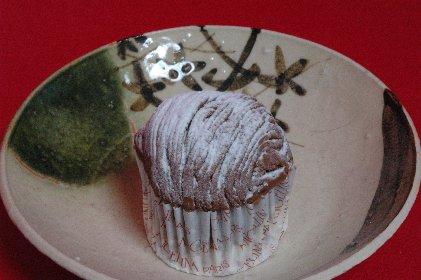 モンブランon青織部丸皿