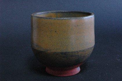 唐津黒釉半筒茶碗・正面