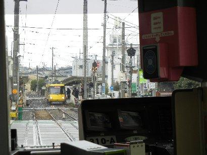 若林駅手前、若林踏切
