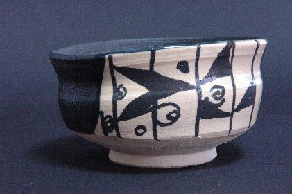 黒織部茶碗風・植木鉢B 正面