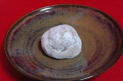 福良すずめon飴釉皿