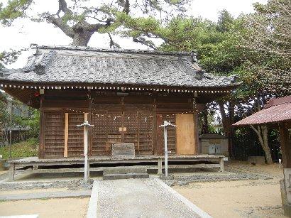 葛飾神社・拝殿