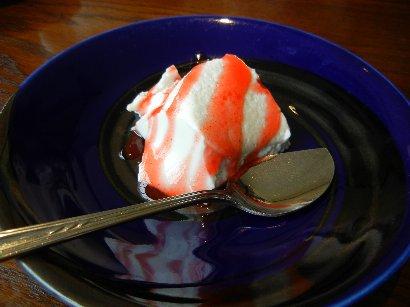 デザート(ココナッツのババロア)