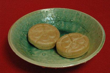 加賀さまon青ビードロ釉皿