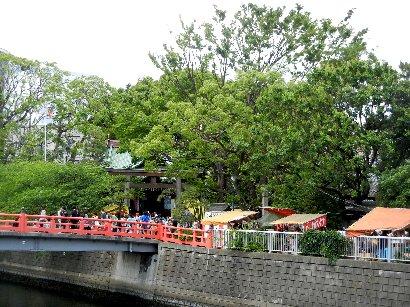 品川橋から荏原神社を望む