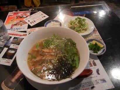 ベトナムフォー麺ランチ