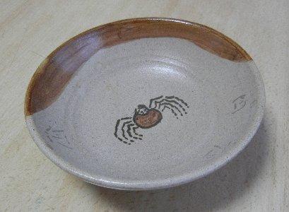 蟹絵の平茶碗