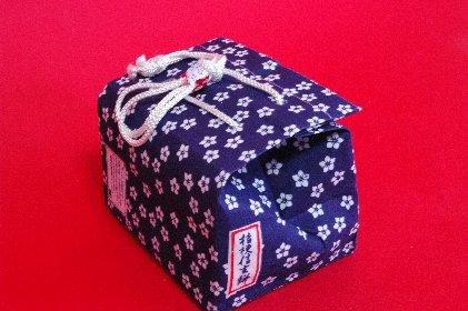 桔梗信玄餅・箱