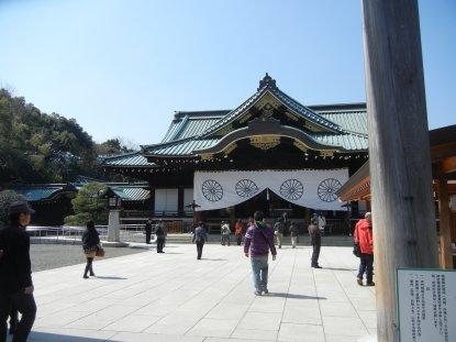 中門鳥居から拝殿