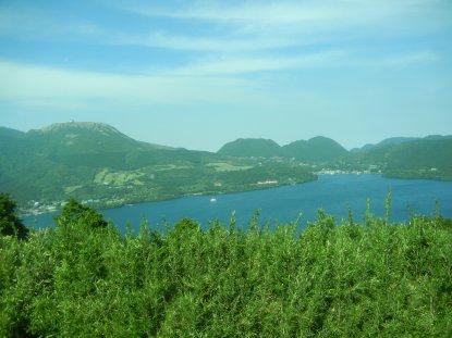 スカイラインから見た芦ノ湖