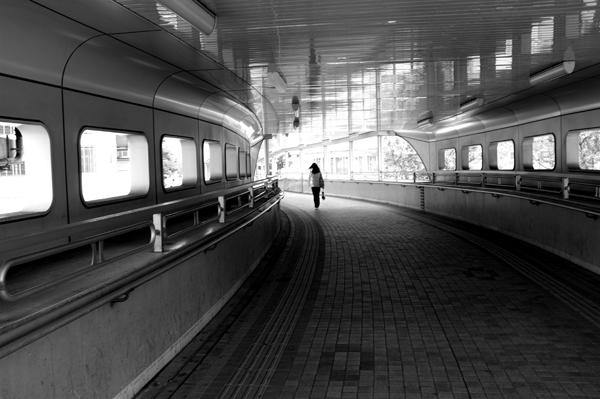 03・歩道橋にて