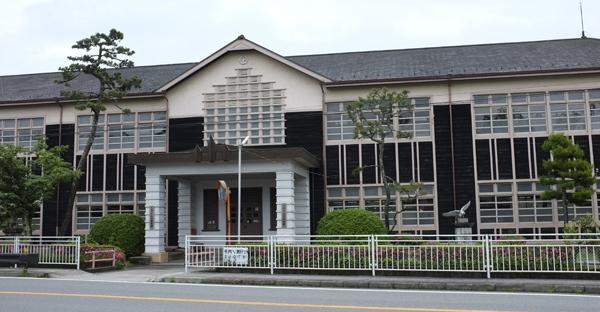 03・八上小学校:篠山市糯ケ坪地区(R372)