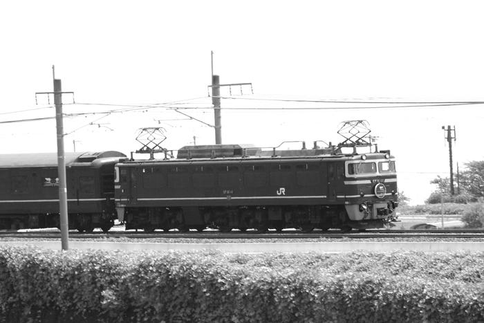 05・EF81-44