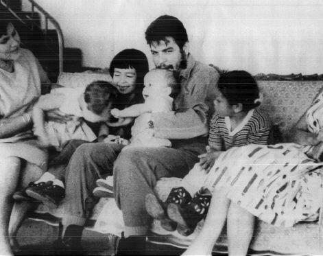 Che_Guevara_-_Familia.jpg