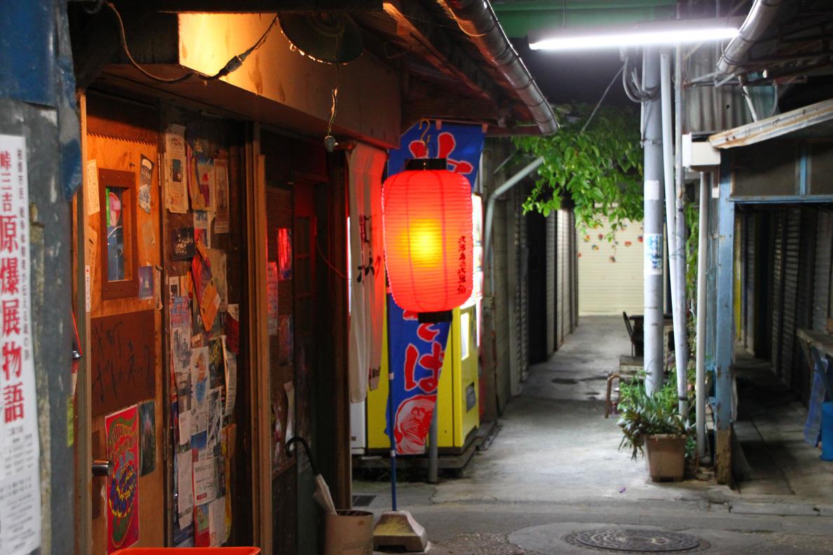 栄町の路地