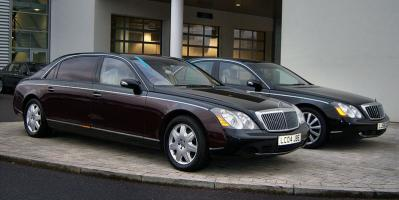 800px-Mercedes_Maybach_57_and_62.jpg
