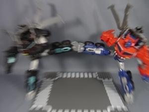 サイバトロンサテライト限定 ハンターネメシスプライムとブラックコンボイ系列で遊ぼう014