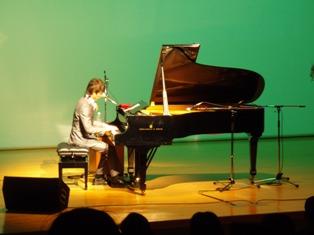2010solo1