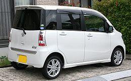 260px-Daihatsu_Tanto_Exe_Custom_02_rear.jpg