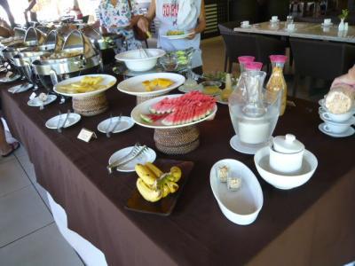 アロナビーチ「Amorita Resortの朝食」4