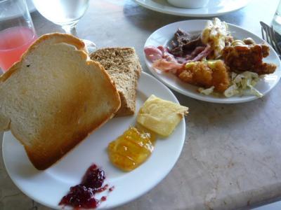 アロナビーチ「Amorita Resortの朝食」9